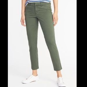 Old Navy Mid-Rise Pixie Chinos for Women Green 12
